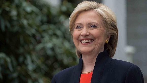 Hillary Clinton aventaja a Donald Trump en carrera a la Casa Blanca