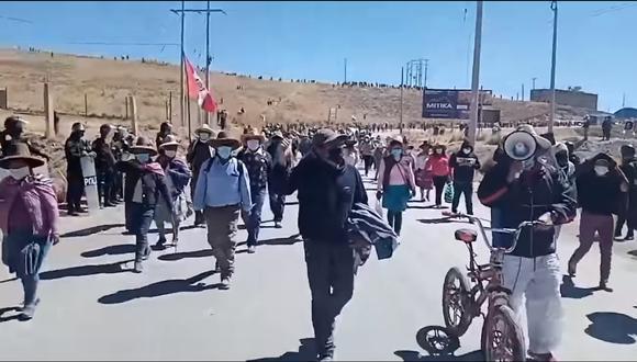 Luego de una semana de manifestaciones que dejaron al menos tres heridos y cuatro detenidos, los representantes de Espinar solicitaron la conformación de una comisión integrada por la PCM (Foto: cortesía)