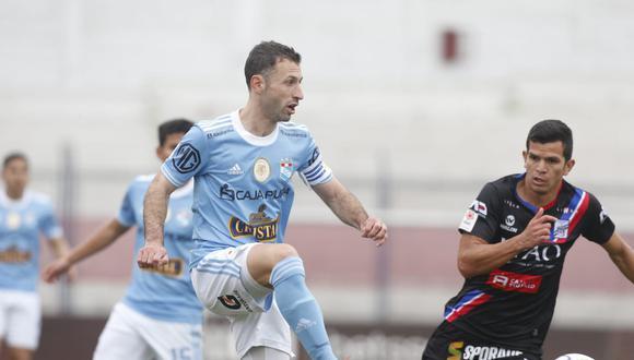 Roberto Mosquera también le dio mérito al rival porque aprovecharon las chances que tuvieron. (Fotos: Violeta Ayasta/ @photo.gec)