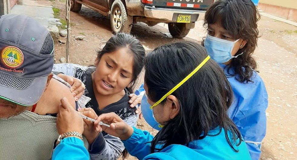 Más de 20 mil vacunas contra el Neomococo se distribuyen en la región para proteger a los adultos mayores