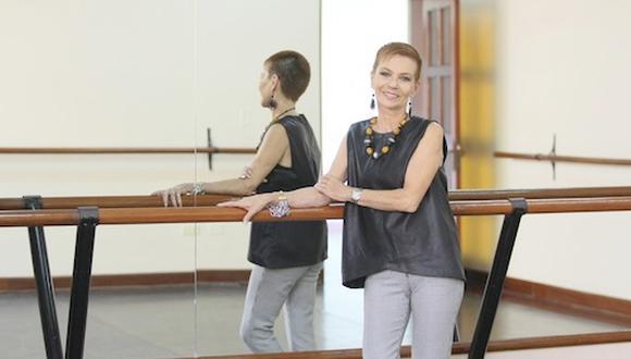 Para Gina Natteri, los 26 años que está al frente de la Escuela Nacional Superior de Ballet, se convierten en la respuesta contundente para quiénes suelen preguntarle si la danza es su vida.