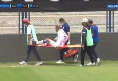 Alberto Rodríguez se lesionó y tuvo que ser retirado en camilla (VIDEO)