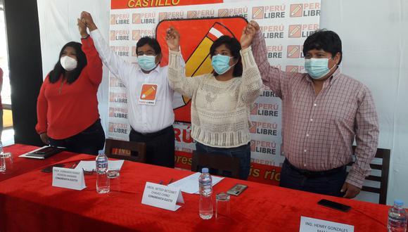 Betssy Chavez Chino y Fernando Herrera se presentaron oficialmente como los próximos parlamentarios de Tacna. (Foto: Correo)