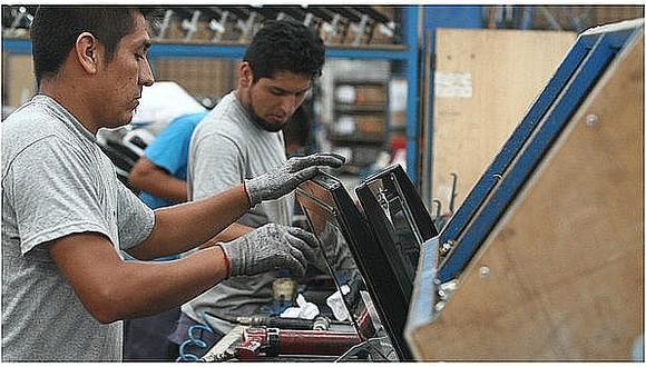 MTPE: El empleo formal se recuperará a fin de año con impulso de la industria