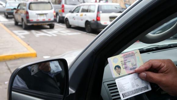 MTC recordó que se prorrogó la vigencia de las licencias de conducir vencidas en el país. (Foto: Andina)