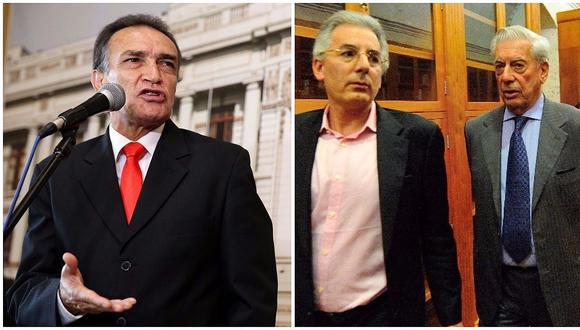 Héctor Becerril a Álvaro Vargas Llosa: ¿Son principios de la sociedad casarse con tía y prima hermana?