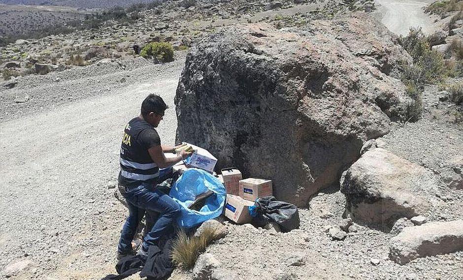 Encuentran abandonado productos de contrabando en Tarata