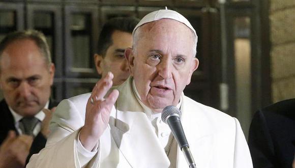 """Papa Francisco pide a los teólogos que salgan a la calle y """"huelan a pueblo"""""""