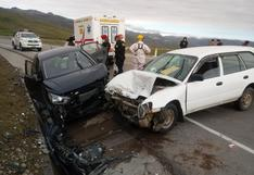 Choque frontal de automóviles en plena Semana Santa