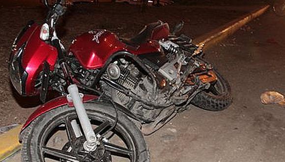 Accidente en moto ocurrió esta madrugada en la Av. Los Incas  Foto: Referencial