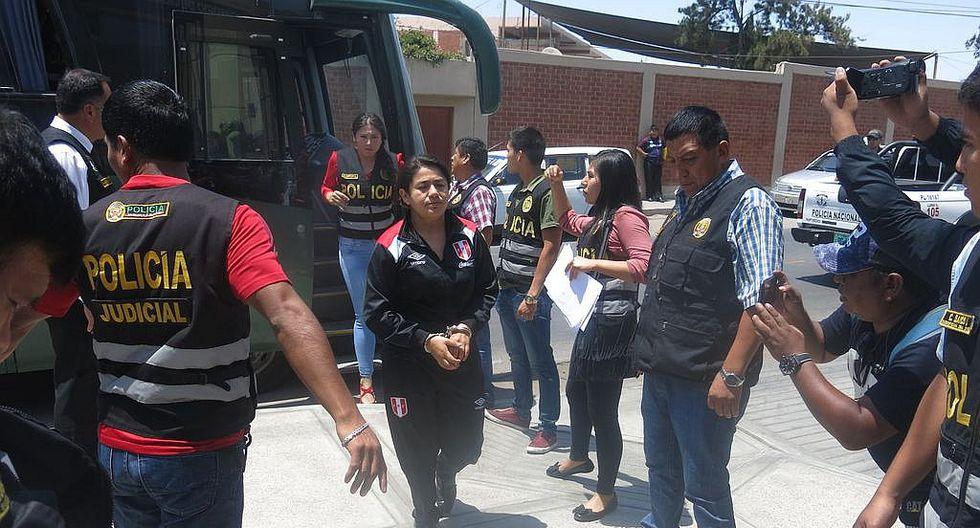 """Implicados en banda """"Los Limpios de Tacna"""" duermen en pasillos"""