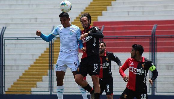 """""""Charro"""" Tejeda salvó de la derrota al FBC Melgar de Arequipa"""