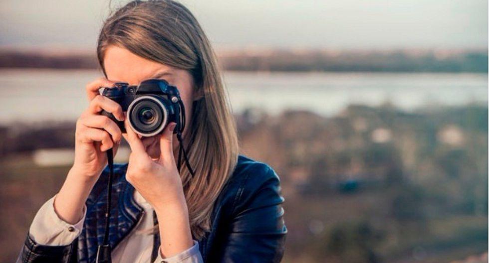 Indecopi alerta sobre falla en el cargador de reconocida empresa de cámaras digitales