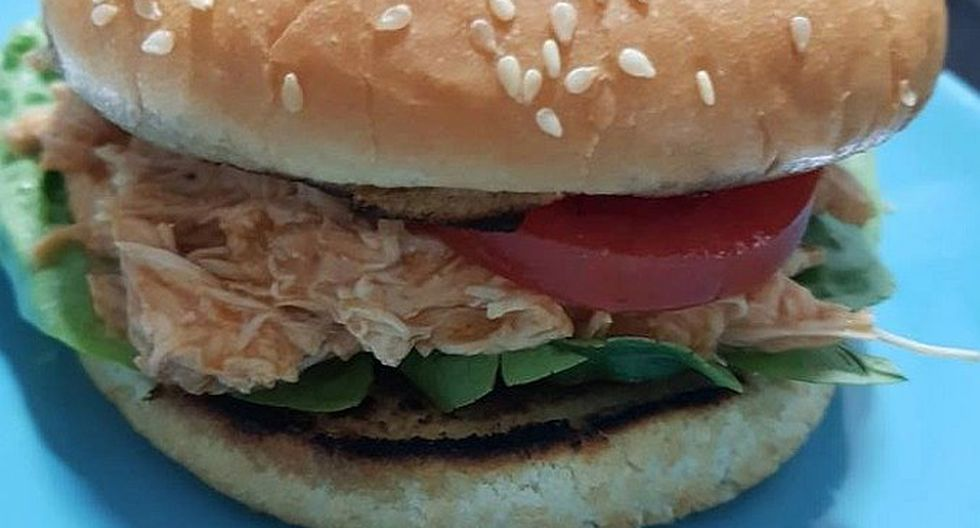 Joven muere tras comer hamburguesa en su cumpleaños