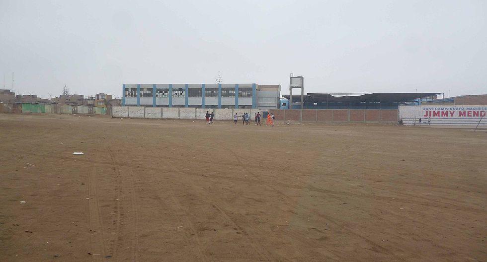 Chincha: 10 jóvenes no respetan las normas y salen a jugar fulbito