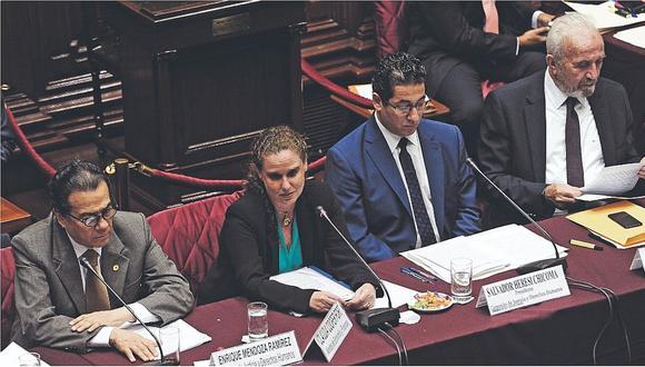 Fuerza Popular y Claudia Cooper chocan en debate de proyecto alternativo al D.U. 003 (VIDEO)