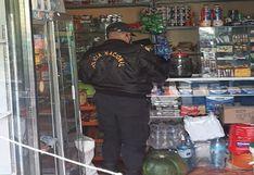 Incautan y destruyen productos vencidos en cinco bodegas de Huancavelica