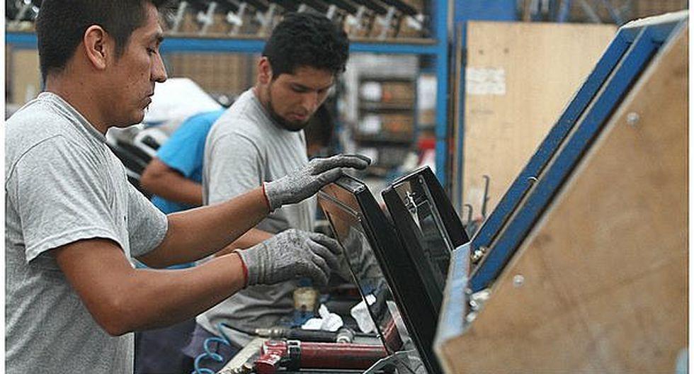 Ingreso promedio mensual en Lima subió apenas 1.4% en el último trimestre