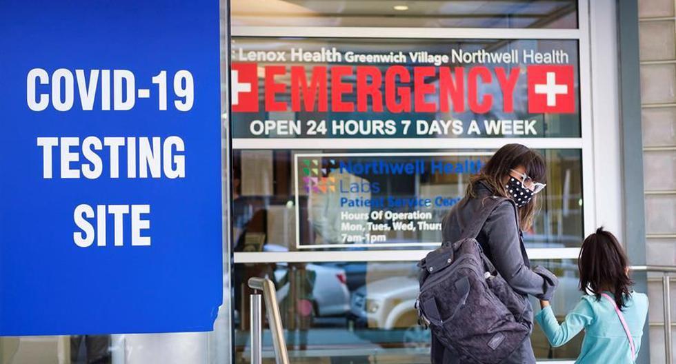 En total, y según datos de los CDC, en EE.UU. se han confirmado casi 13,5 millones de casos de COVID-19, que ha acabado con la vida de 267.302 personas hasta la fecha. (Foto: EFE/EPA/JUSTIN LANE).