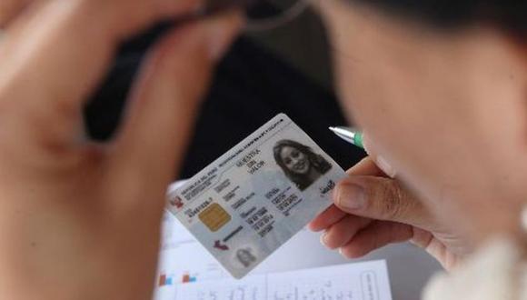 El trámite y la entrega del documento deben ser realizados estrictamente por el titular del documento, y puede hacerse en línea o de manera presencial. (Foto: GEC)