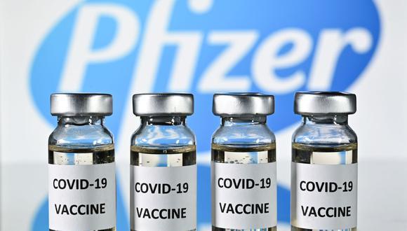 Perú recibirá vacunas contra la COVID-19 de Pfizer. (Foto: JUSTIN TALLIS / AFP).