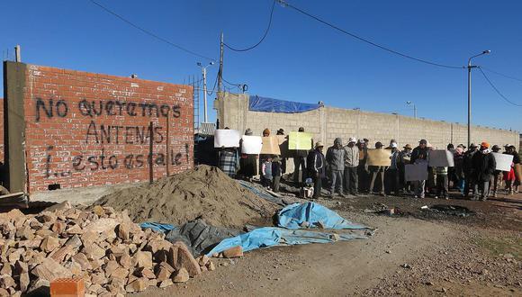 Juliaca: vecinos de la salida a Huancané se oponen a  la instalación de antenas