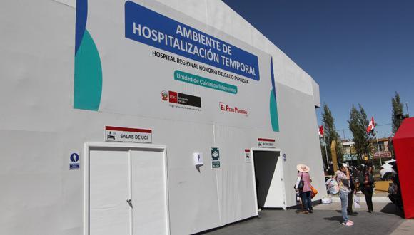 Arequipa: El director de hospital Honorio Delgado de Arequipa, Richard Hernández, informó que la infraestructura implementada para la atención de pacientes COVID-19 estaría lista al 100% esta semana, pero le preocupa la falta de personal médico.