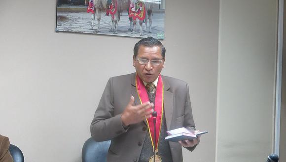 Quechua como requisito en proceso CAS causa confrontación entre consejeros