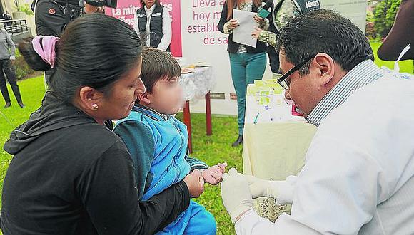 Red de Salud Arequipa - Caylloma monitorea a 3 500 menores y teme no cumplir meta de disminución