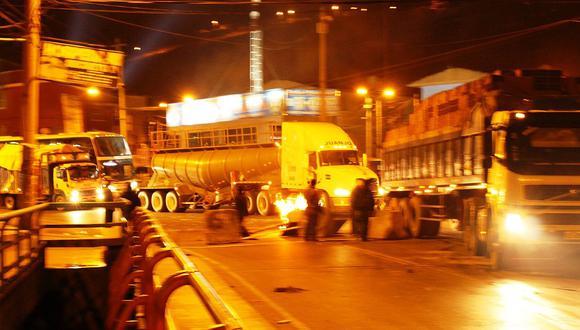 La Oroya: Carretera Central se libera luego de 5 horas de bloqueo