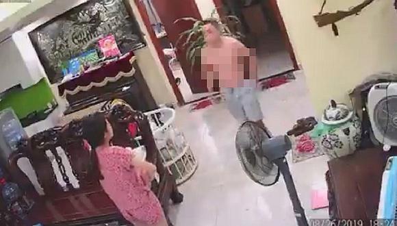 Hombre golpea a su esposa quien carga a su bebé recién nacido (VIDEO)