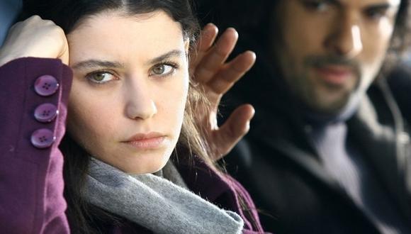El actor Furkan Andiç indicó al diario 'El País' que las escenas con  muestras de afecto no pueden durar más de 3 segundos en la pantalla (Foto: Kanal D)