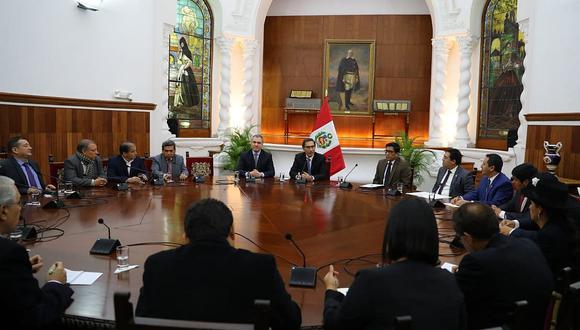 """Vizcarra y """"aliados"""" esperarán desenlace en Constitución para dar siguiente paso"""