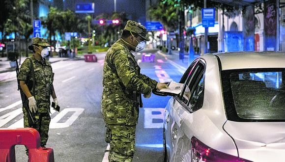 Limeños pueden utilizar vehículos para acudir a distintos puntos de la ciudad, pero respetando el aforo y las medidas de bioseguridad.