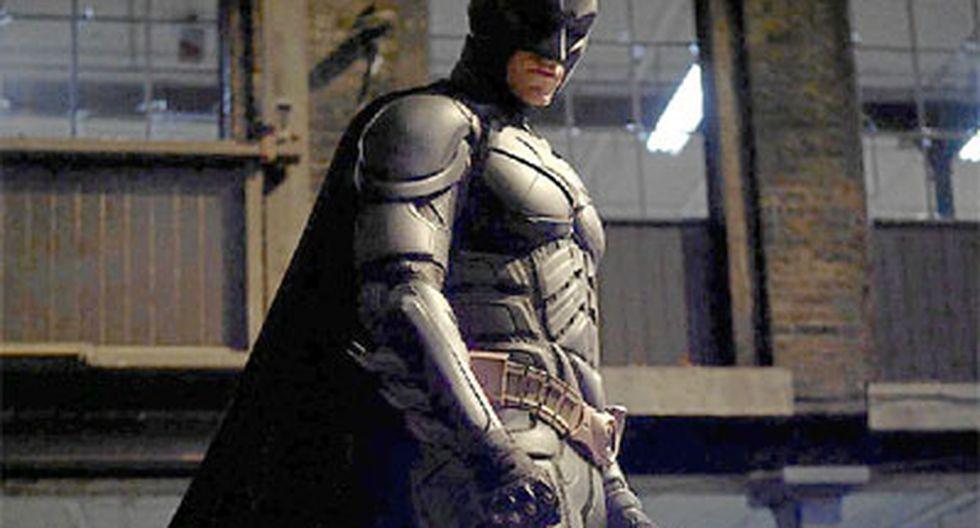 """EE.UU.: Arrestan a hombre que fue a ver """"Batman"""" con arma y cuchillos"""