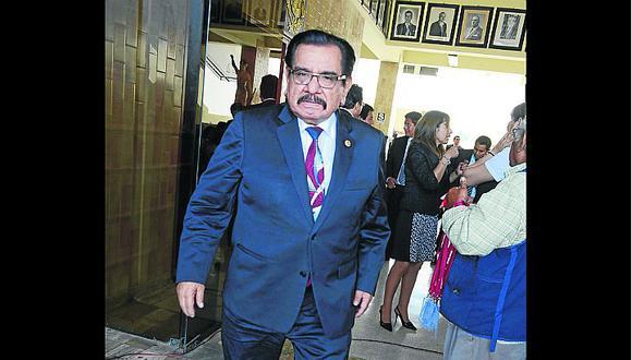 """Exrector asegura que licenciamiento de la UNICA """"está en peligro"""