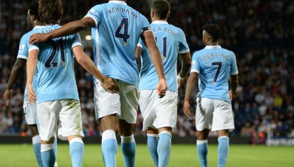 Manchester City debutó goleando en la Premier League
