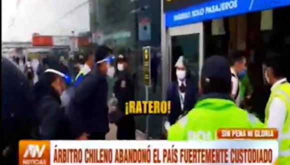 Algunos hinchas llegaron hasta el aeropuerto Jorge Chávez a despedir a Bascuñán. Captura: ATV